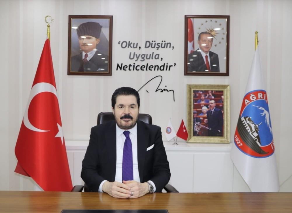 Ağrı Belediye Başkanı Sayan'dan Ağrı'nın kurtuluş yıl dönümü mesajı