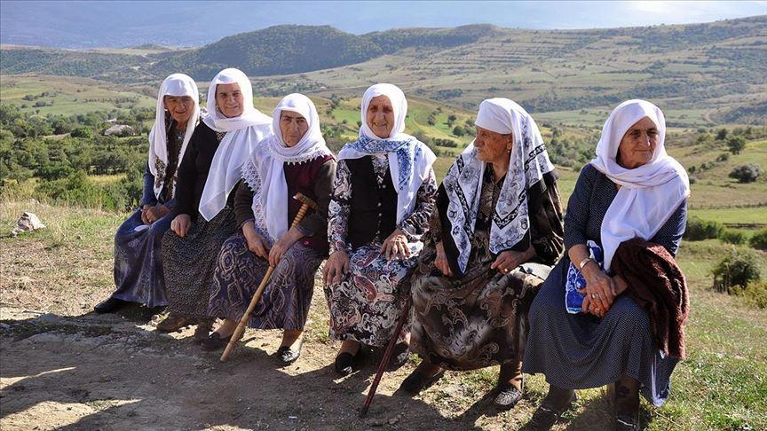 Ahıskalı Türkler 75 yıl önce bugün vatansızlığa sürgüne gönderildi