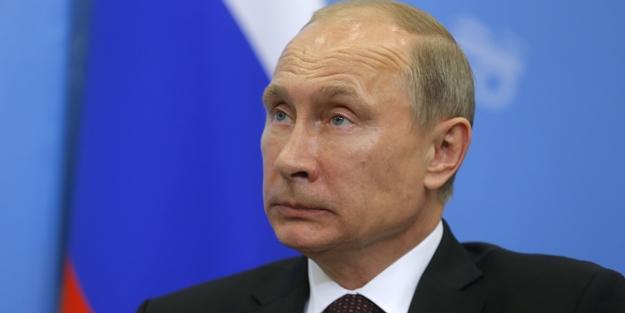 Ahmak Batı pişirdi Putin'in Rusya'sı yiyor