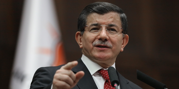 Ahmet Davutoğlu: Defterler açılırsa birçok insan, insan yüzüne çıkamaz
