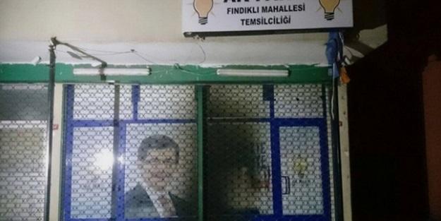 AK Parti Bürosu'na saldırı