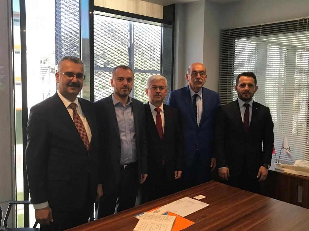 AK Parti Çorum Teşkilatları Yıldırım için sahada