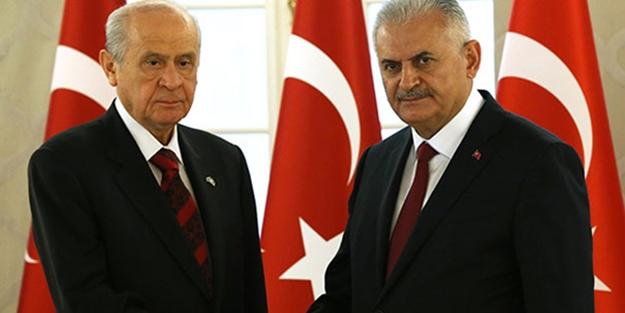 AK Parti kongresinde Bahçeli sürprizi