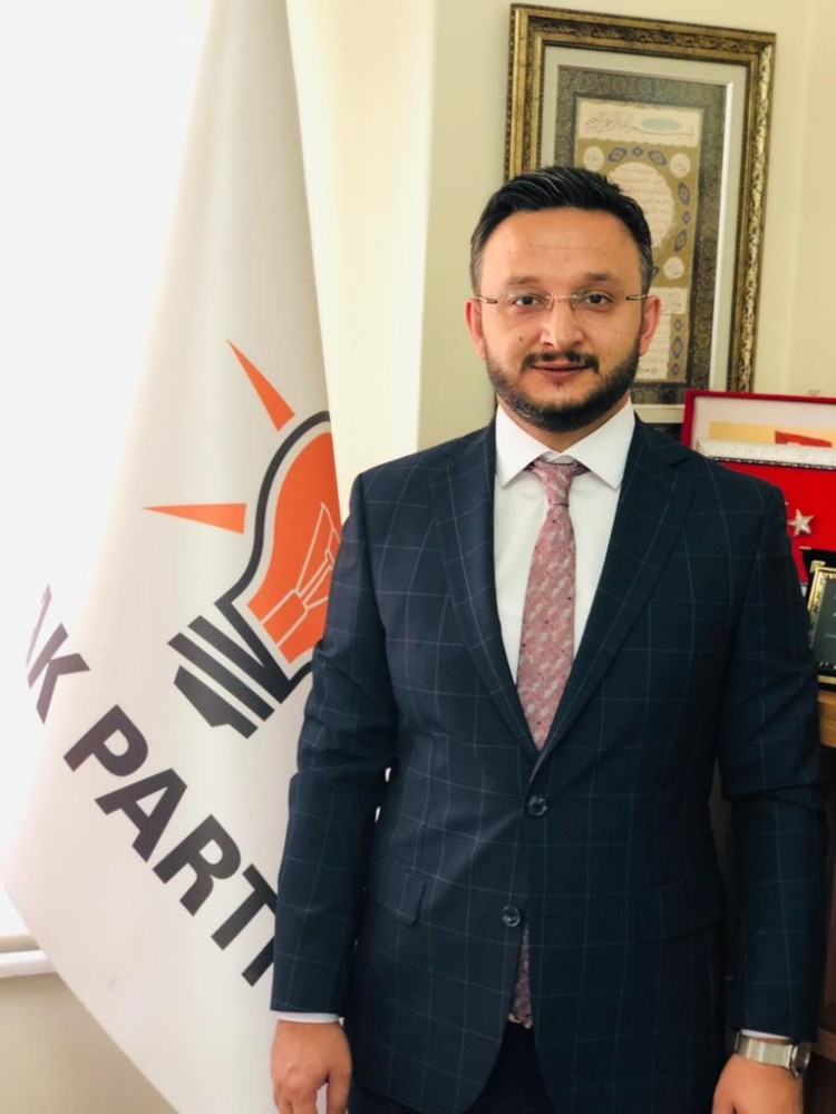AK Parti'de ilçe kongreleri hafta sonu başlıyor