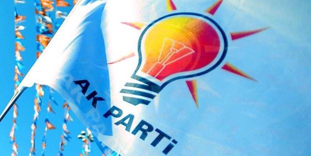 AK Parti'den meraklandıran paylaşım! Türkiye o saate kilitlendi