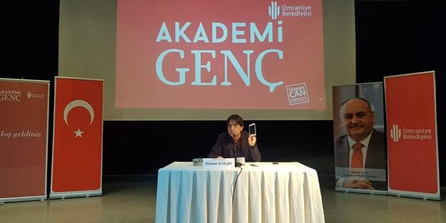 Akademi Genç'e konuk olan Akit Gazetesi Yazarı Osman Atalay teknoloji bağımlılığına dikkat çekti