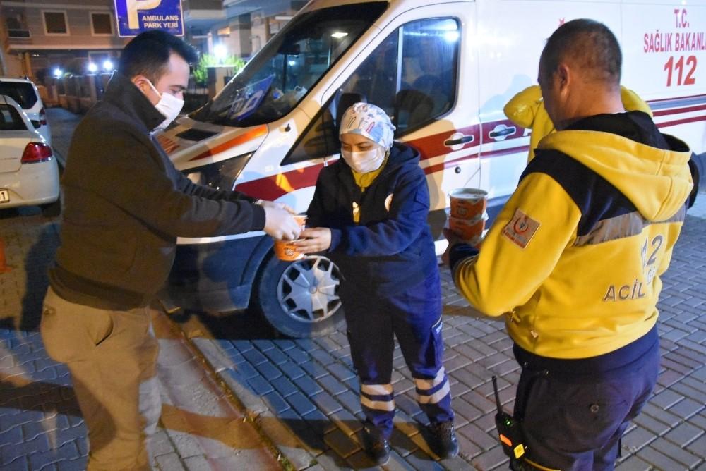 Akhisar Belediyesi sağlık çalışanlarını unutmadı