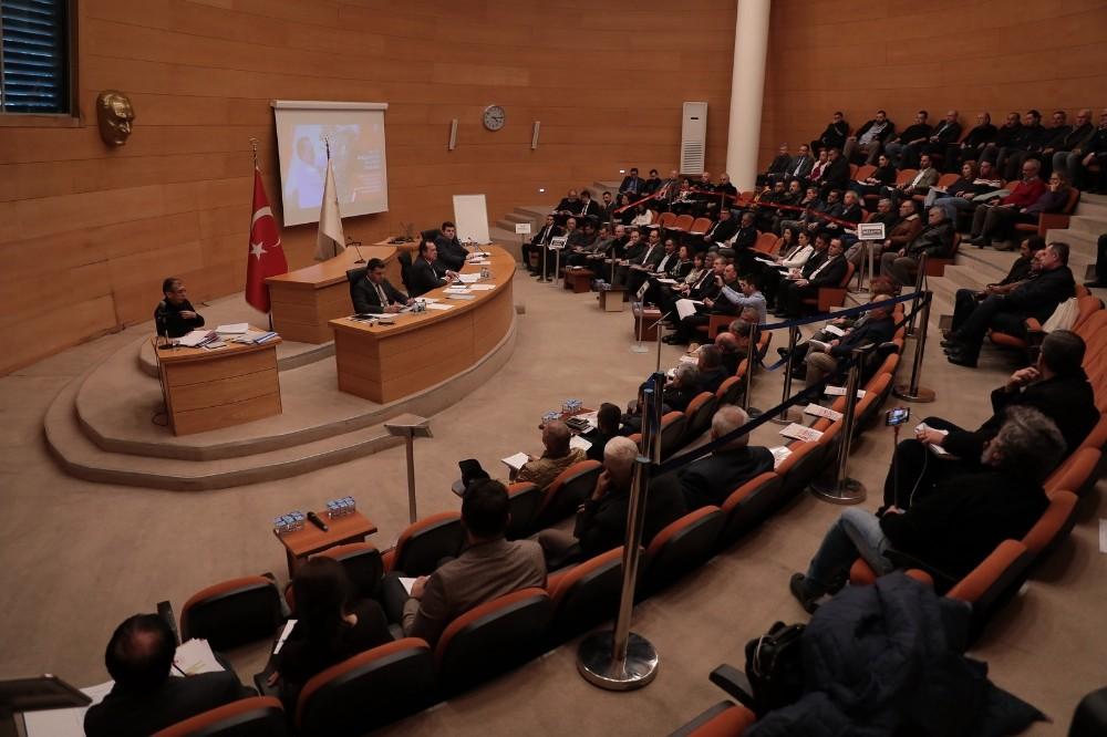 Akhisar'ın eski belediye binası kültür merkezi olacak