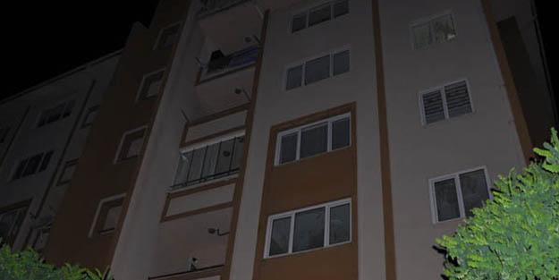 Akıllara durgunluk veren olay! Uzaklaştırma aldığı eve çatından girmeye çalışınca..