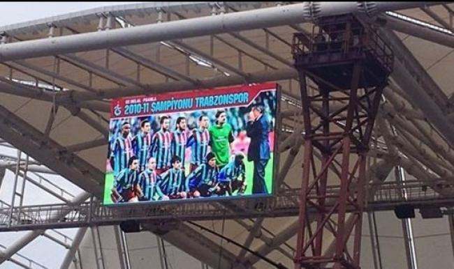 Akyazı Arena'da Fenerbahçe'ye 2010-2011 göndermesi