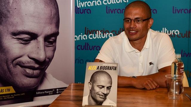 Alex De Souza'nın biyografisindeki detaylar ortaya çıktı