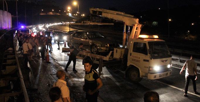 Alkollü sürücü TEM'i kilitledi: 9 araç birbirine girdi, 6 kişi yaralandı