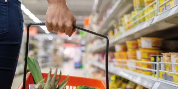 Alman bilim insanından koronavirüs iddiası: Market ve restoranlarda bulaşmıyor