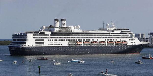 Alman cruise gemisine bilerek çarptı! Sonucunu düşünemedi