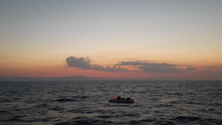 Alman polisinin Yunan kara sularındaki sığınmacıların Türkiye'ye itilmesine yardım ettiği iddiası