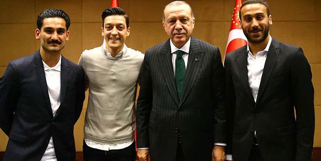 Almanlar iyice hadlerini aştı! ''Milli takımda Türkleri...''