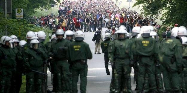 'Polis devleti' olma yolunda ilerliyorlar!