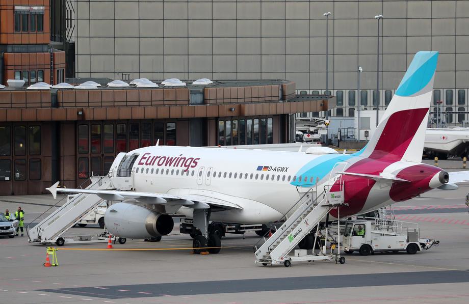 Almanya'da iki havayolu şirketinden grev kararı