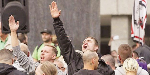 Almanya'da 'Nazi' OHAL'i