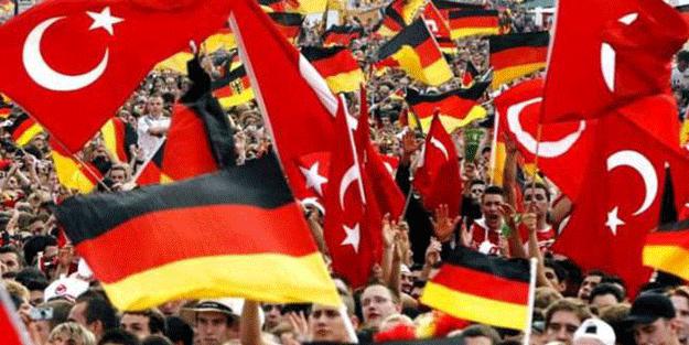 Almanya'da yaşayan Türklerin evine bırakıldı… Büyük skandal!
