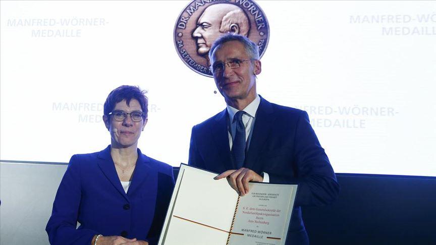 Almanya'dan NATO Genel Sekreteri Jens Stoltenberg'e madalya