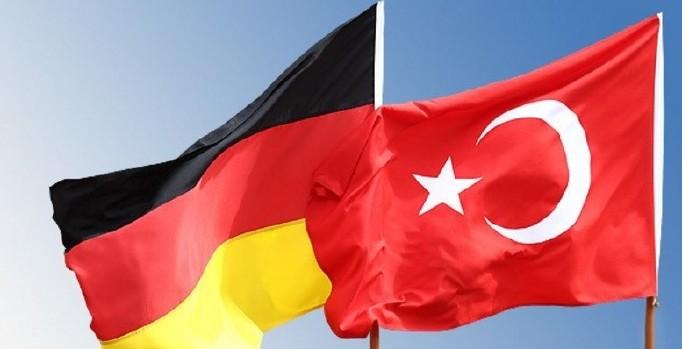 Almanya'dan vatandaşlarına 'Türkiye'ye seyahat' uyarısı