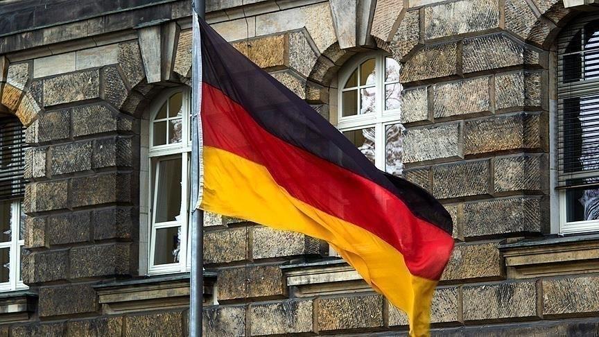 Almanya'nın Türkiye ile ilişkilerinin bozulmaması için PKK'yı destekleyen heyete izin vermediği iddia edildi