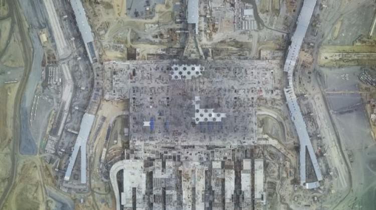 Almanya'yı çıldırtan 3. Havalimanı uzaydan da görülüyor!