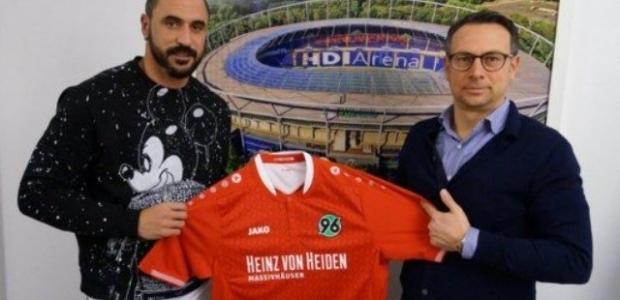 Almeida İmzaladı