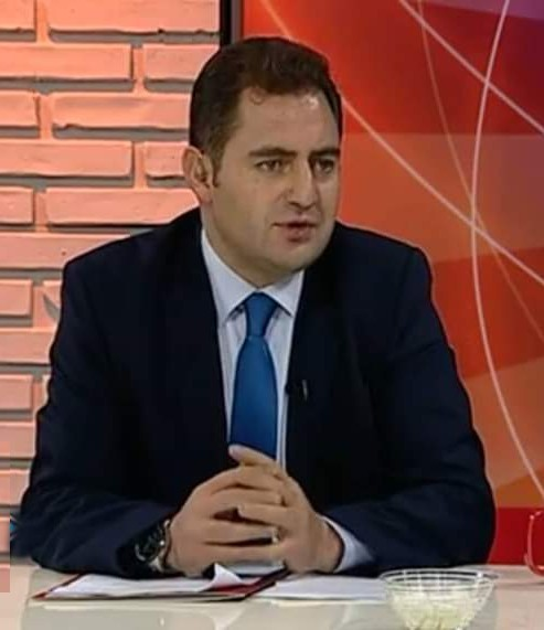 Altay: 'Bankaların ayrıcalığı nedir'