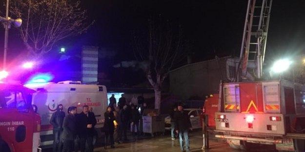 Amasya'da bir AVM'de yangın: 2 ölü, 4 ya