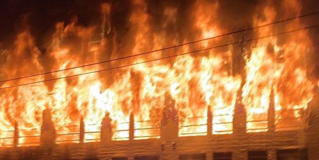 Amerika yanıyor! Göstericiler AVM'yi hem yağmaladı hem ateşe verdi