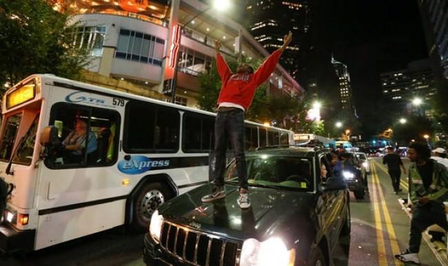 Amerika'da bir gösterici öldürüldü