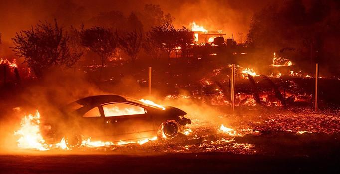 Amerika'da orman yangını: 9 kişi öldü