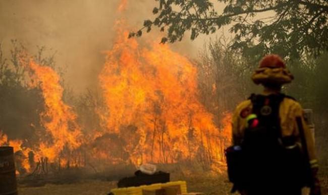 Amerika'da yangın 3 gündür söndürülemiyor