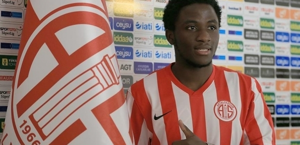 Antalyaspor'a Barcelona'dan transfer