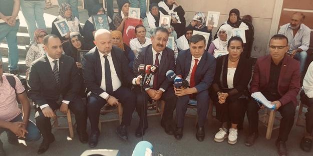 Anadolu yayıncılarından Diyarbakırlı annelere destek: HDP PKK'nın askerlik şubesidir