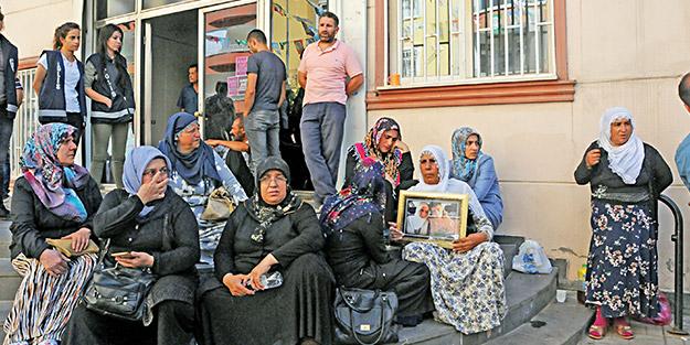 Anaların feryadı HDP ve PKK'yı bitirir