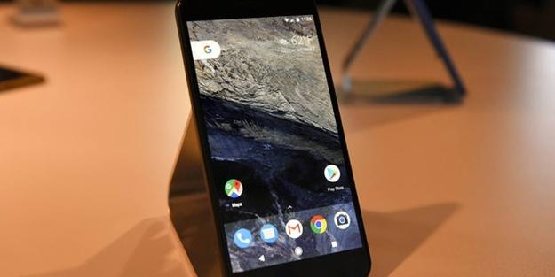 Android'in babasından yeni akıllı telefon