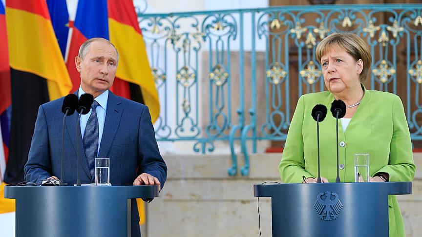 Angela Merkel: İdlib ve çevresinde insani felaket yaşanmasını önlemeliyiz