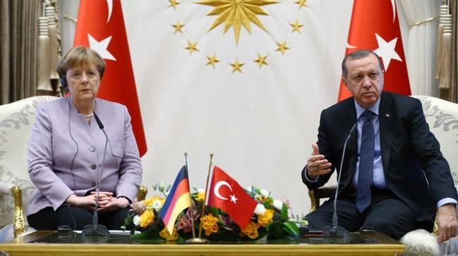 Angela Merkel'den küstah açıklama