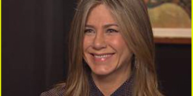 Aniston: Beynimizi ele geçiriyorlar