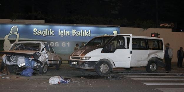 Ankara'da feci kaza! 4 yaralı