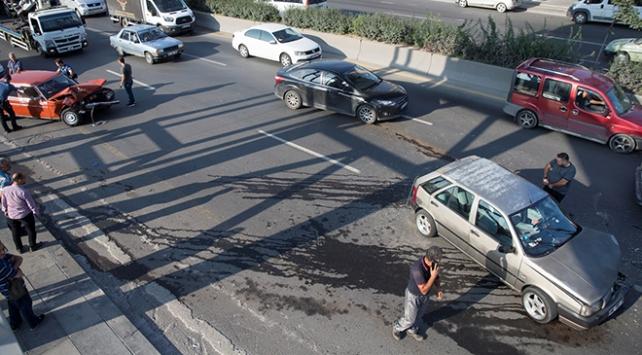 Ankara'da trafik kazası: 3 kişi yaralandı