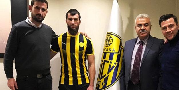 Ankaragücü'nün Çeçen transferi Sadayev, İsrail'i Kur'an-ı Kerim'le terk etti