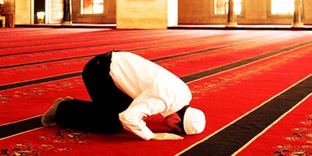 Antalya bayram namazı saati 2018 Anlatya Ramazan Bayramı namazı kaçta kılınacak?