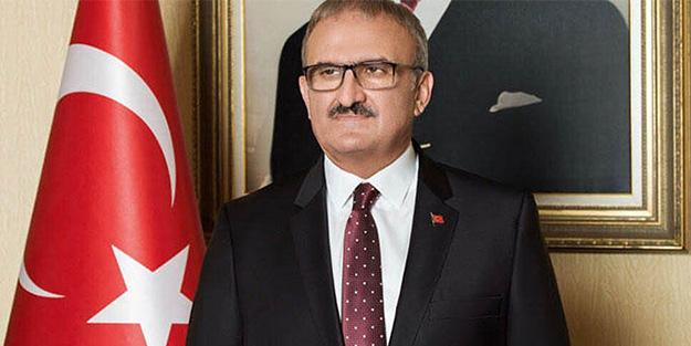 Antalya Valisi Karaloğlu'ndan sosyal mesafe isyanı