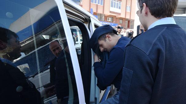 Antalya'da araçta baygın halde bulundu, üzerinden ruhsatsız tabanca çıktı