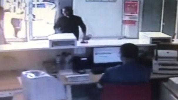 Antalya'da boncuk atan oyuncak tabancayla banka soymaya kalktı