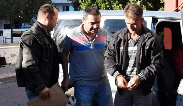 Antalya'da FETÖ'den 65 gözaltı